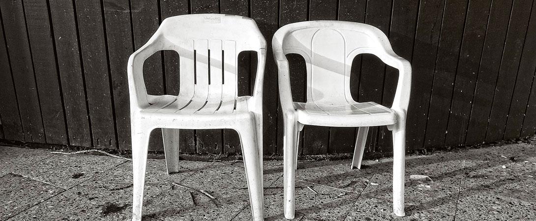 La cara oculta de los muebles de jardín baratos