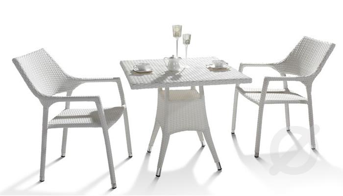 Comedor Allen. Silla de aluminio & malla textilene acabado tubular bamboo. Muebles para jardin.