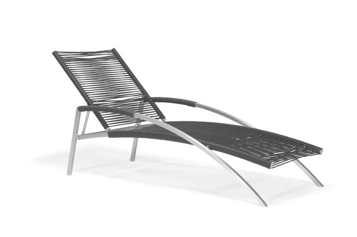 Camastro Harmony. Camastro de acero inoxidable disponible en varios colores.  Estructura de acero inoxidable, tejido en cuerda con hilo de nylon de alta resistencia.  Muebles para albercas.