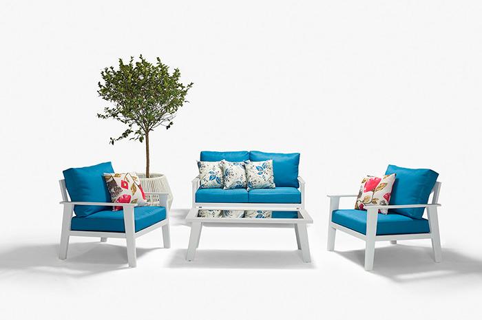Sala  Laika. Sala de Tipo Tres, Dos Uno.  Laika es un diseño fresco, ideal para convivir en cualquier área exterior.  Muebles para exteriores.