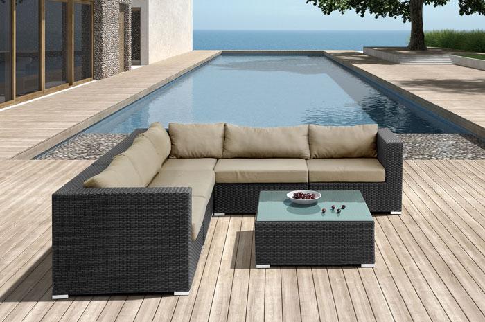 Sala zoe. Sala Zoe en forma de L moderna y elegante. Tiene estructura de Aluminio tejida en PE VIRO ratán. Muebles para terrazas.